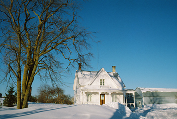 winter-house1